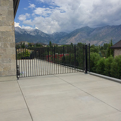 metal fence fabrication