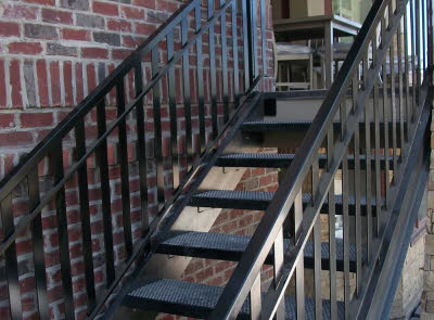 outdoor staircase railing